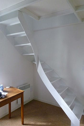Vue-interieur-escalier-extension-aytre